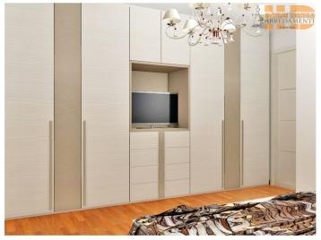Progetto-camera-armadio-con-vano-tv-in-Ancona
