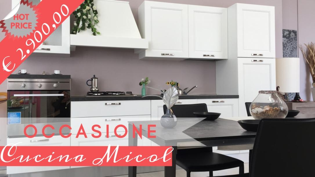 Occasione-cucina-legno-massello-di-frassino-in-Ancona